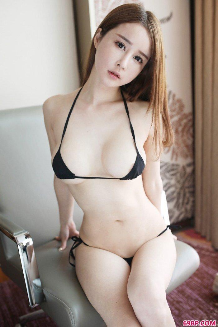 宅男御姐蔡文钰手揉双乳销魂蚀骨,gogo娜娜人体艺术