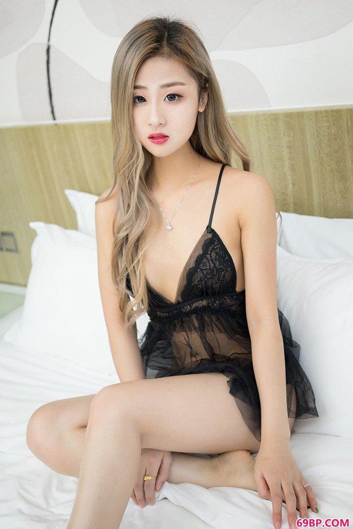 欲望淑女俞漫蜂腰美臀姿势挠人心_西西人体中国正版张筱雨汤芳等