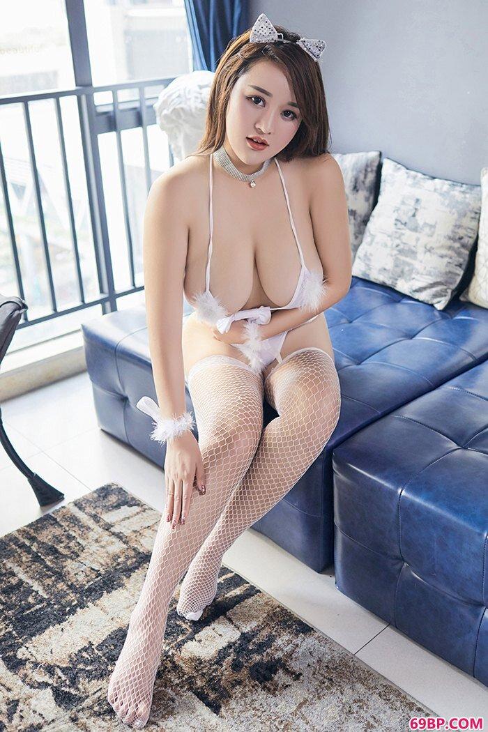 发情小野猫潘琳琳情趣套装爆乳可口