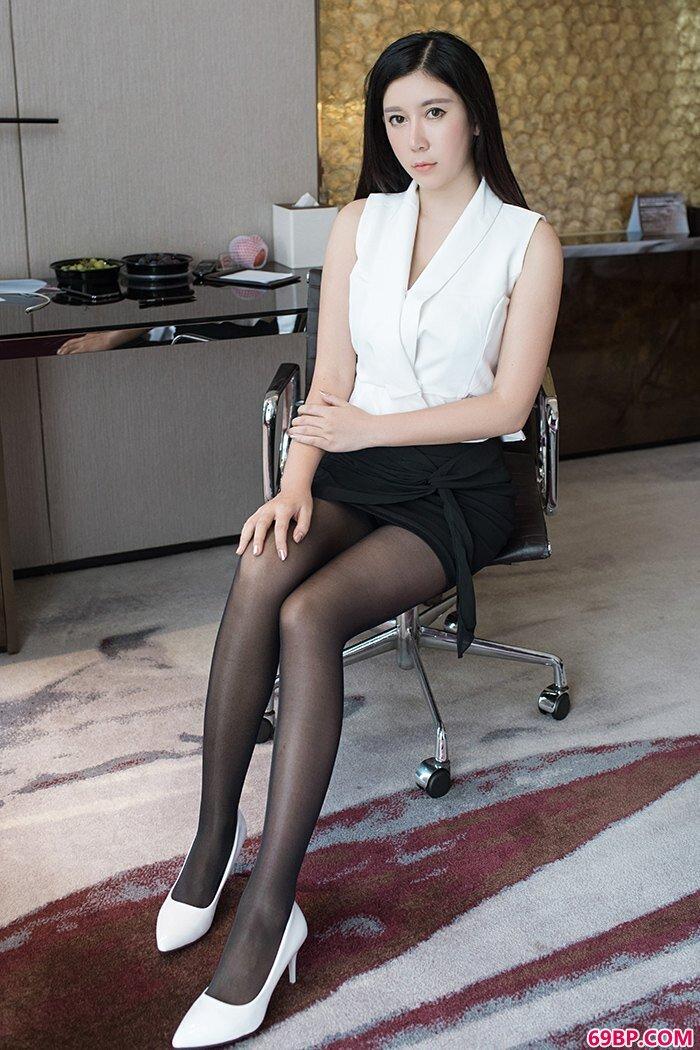 催情小秘书李雅黑丝高跟体态婀娜_大胆西西人体松果儿