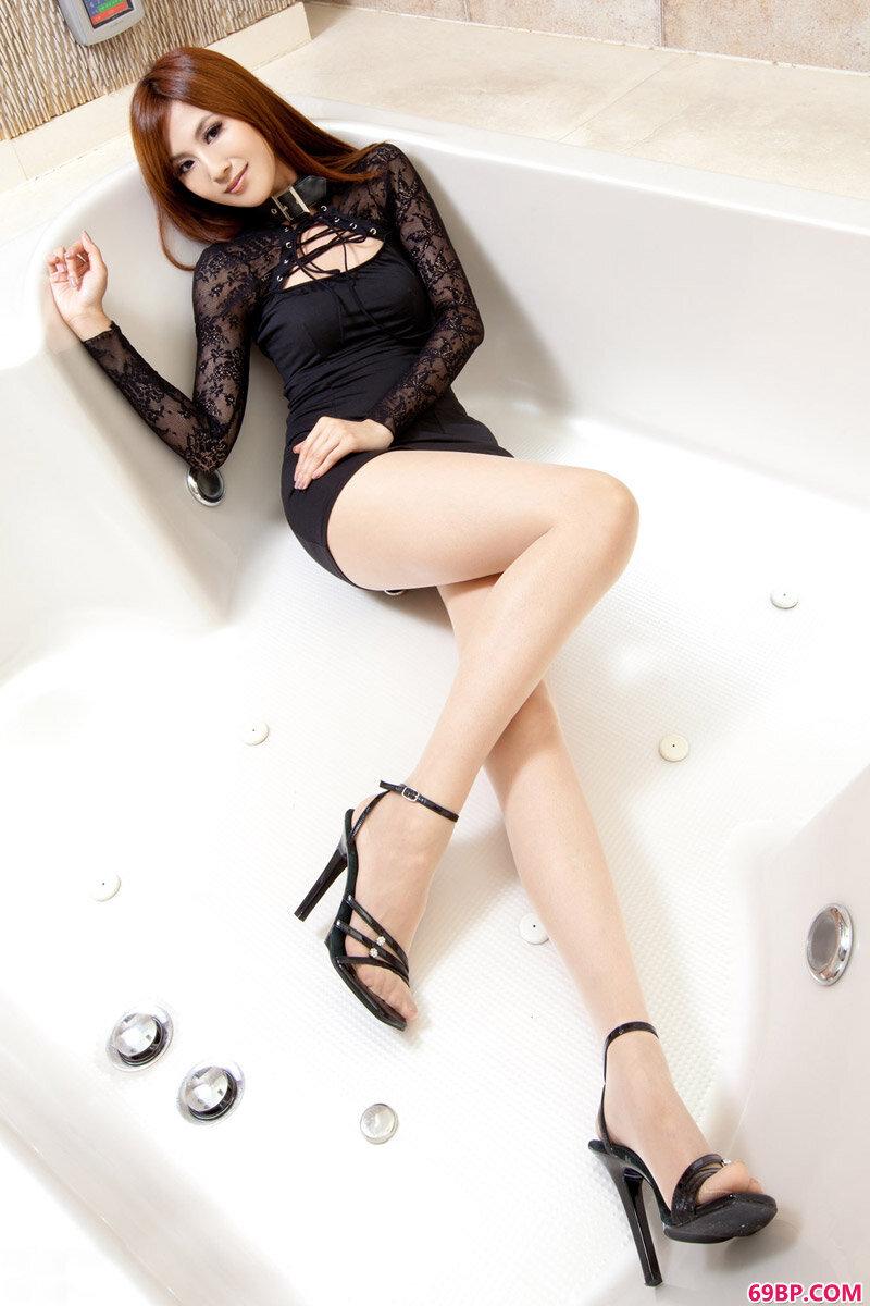 美腿裸模第212期Vicni_熟妇自拍私拍私拍p