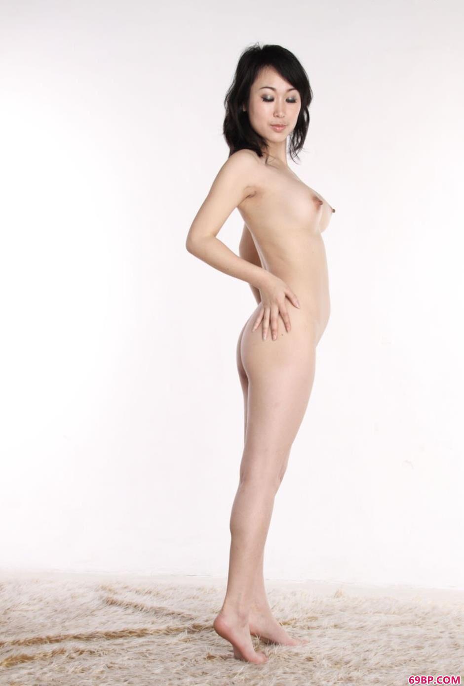 美模sulei室拍人体2