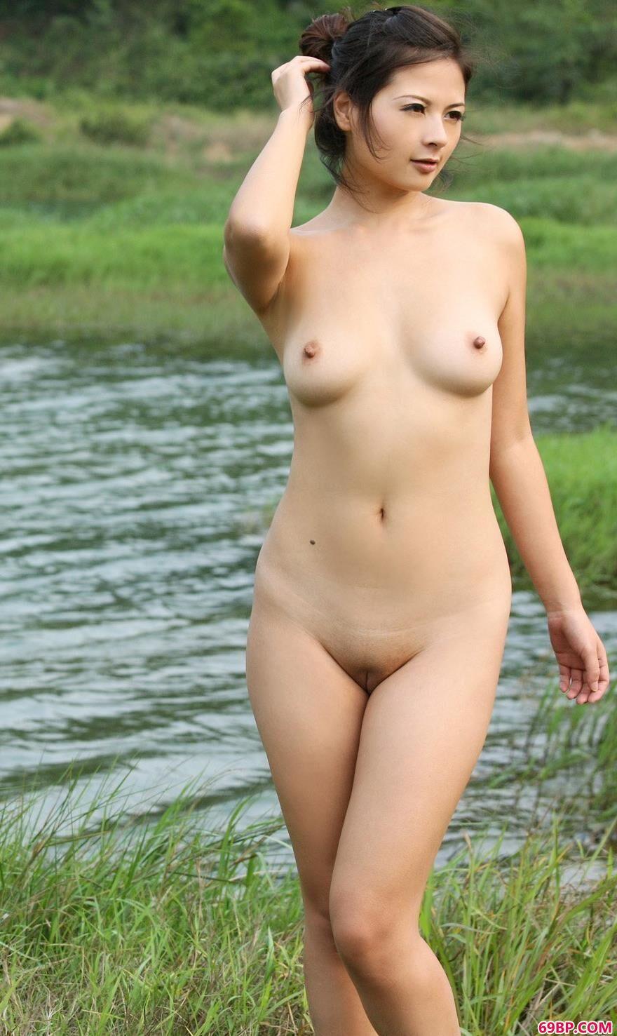 人体与自然和谐之美嫩模波普娃娃,晶晶3