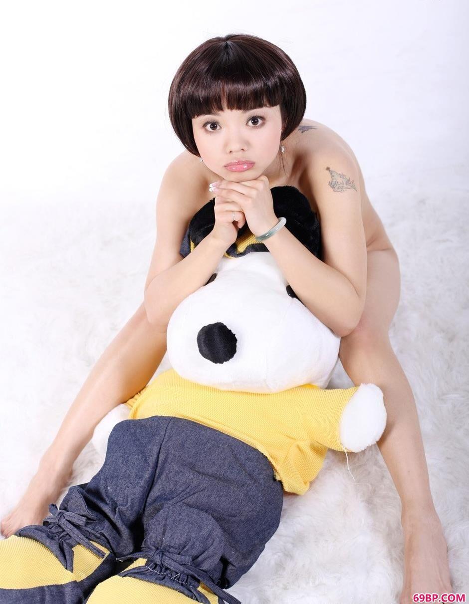 中国模特人体棚拍_芭比女生人体艺术3