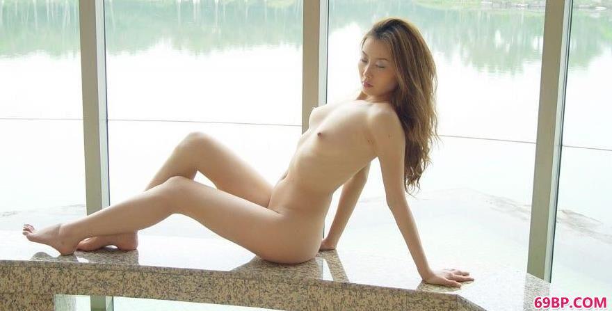 gogo_裸模王丹深圳海上田园人体图片D2