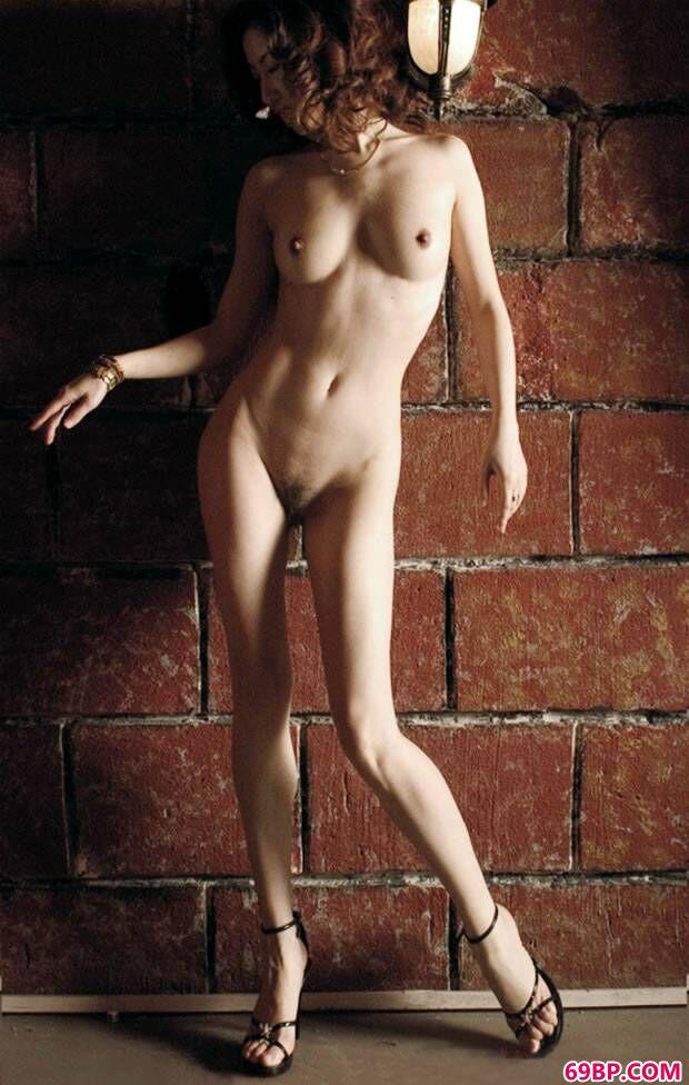 美模汤加丽写照摄影专辑之《裸舞》_2019METCN的新人体模特