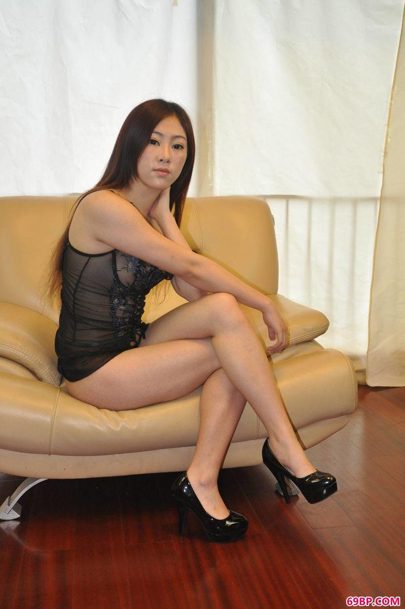 女人人体艺求西西,绝美长头发模特努努