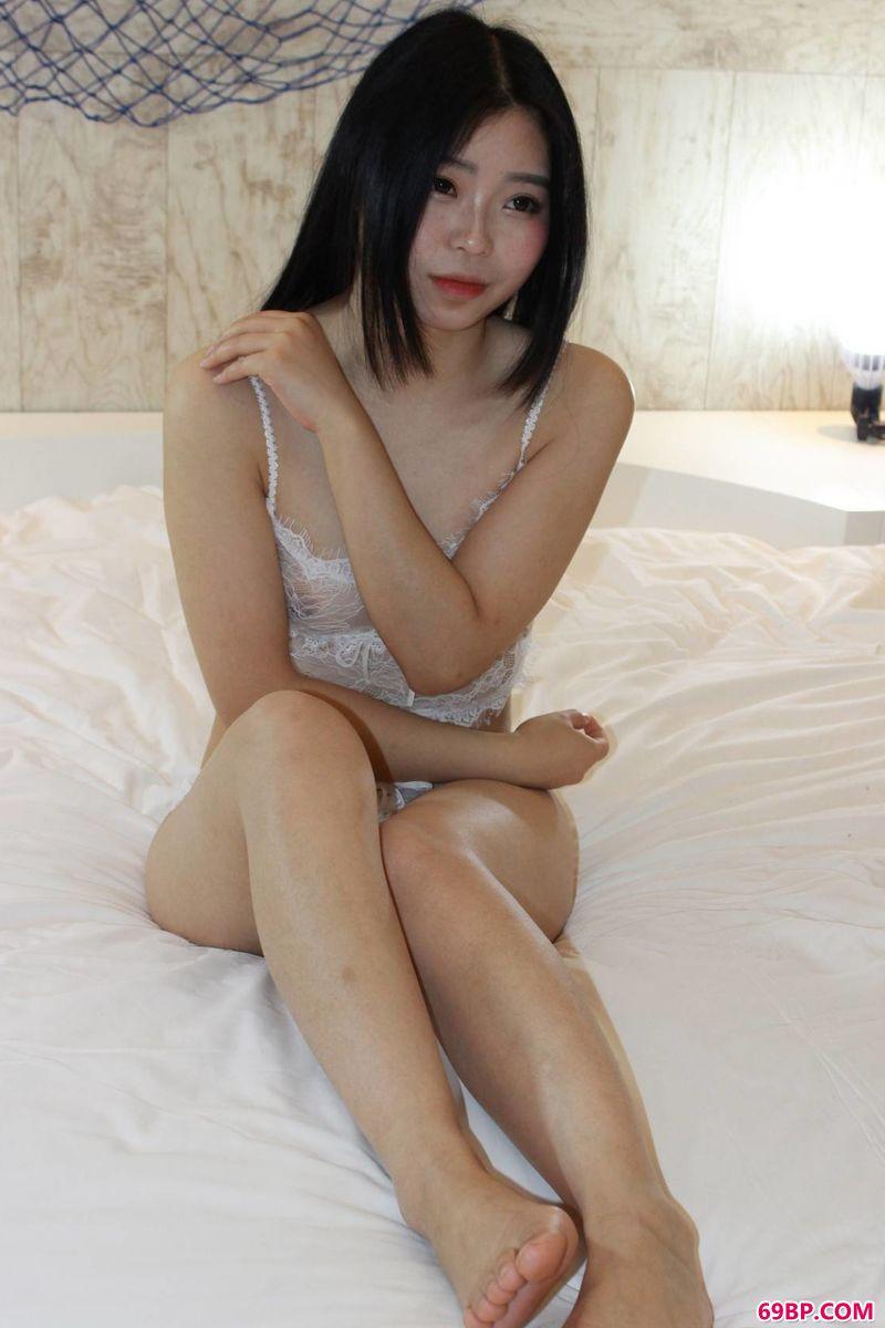 妍菲酒店人体习作_gogo全球高清专业国模人体